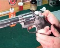 Cleaning the S&W 686