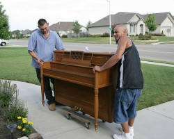 Get Your Piano Moving at The Best Piano Moving Cost